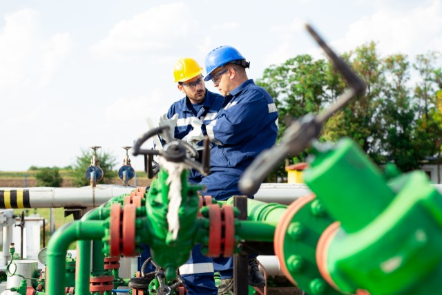 Provide engineering services and solutions related to gases and chemicals supply systems