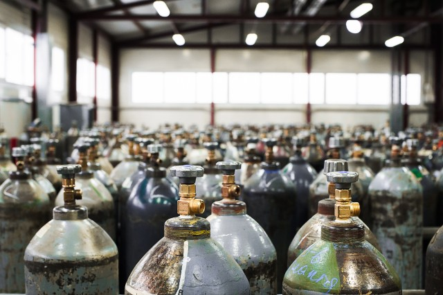 We supply Ammonia gas, Refrigerants gas such R32, R134a, R152a, R410A, R404A, R600a or isobutane, DME in various package size range from small cylinder to bulk delivery